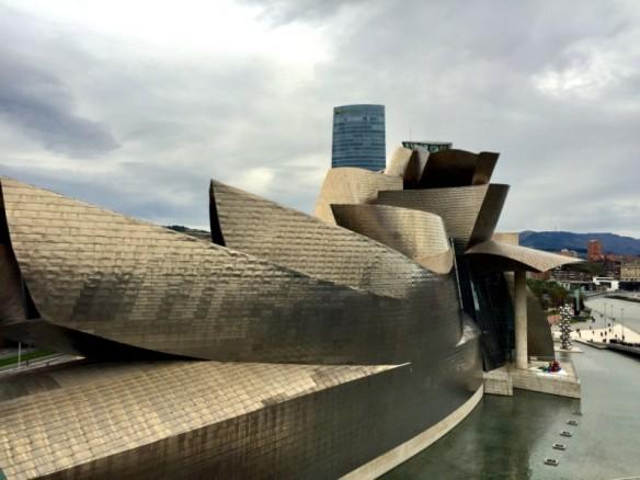 Bilbao Guggenheim 2 197travelstamps.com-min