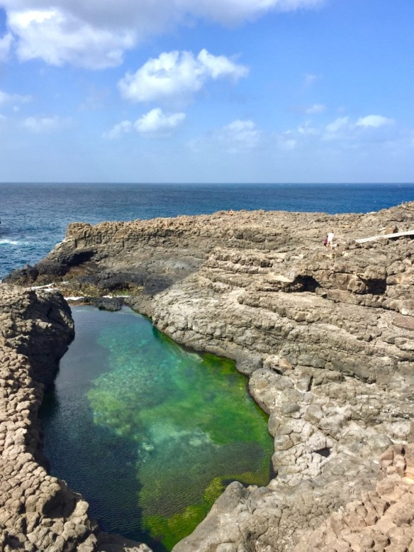 Buracona volcano pool green water Cape Verde blue eye
